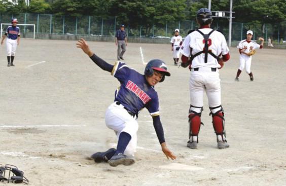 <郡内中学野球>ベスト4出そろう
