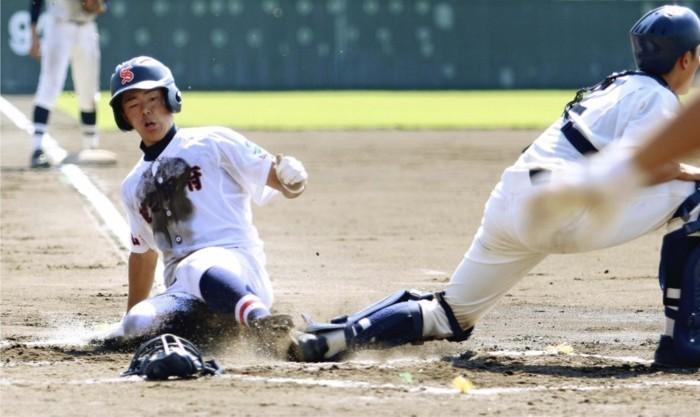 <秋季関東高校野球県大会>駿台、3戦連続大勝 効率良く加点、都留を圧倒