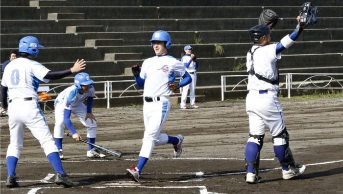 岳麓秋季社会人野球が開幕 27チーム、頂点めざす