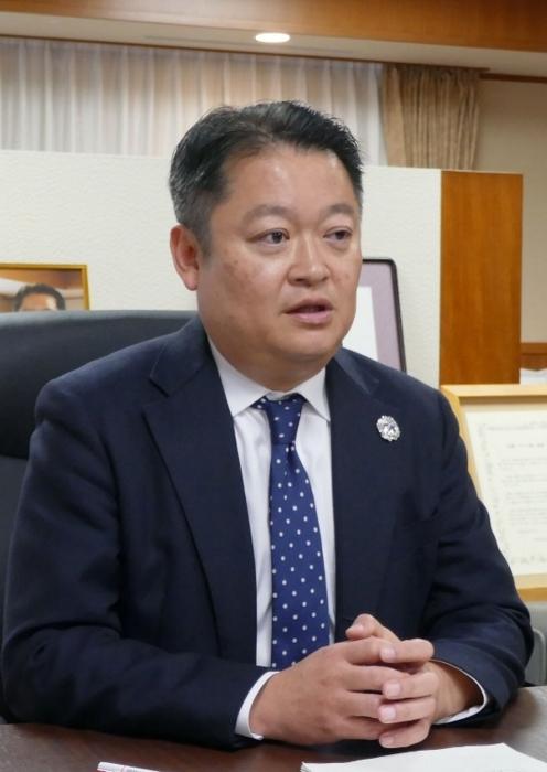 長崎知事 就任1年インタビュー詳報【政治・行政/山梨】 | さんにち ...